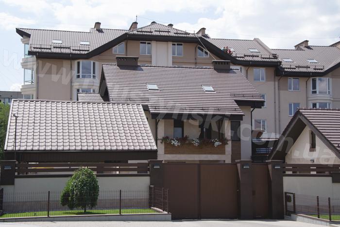 Фото дом из металочерепици